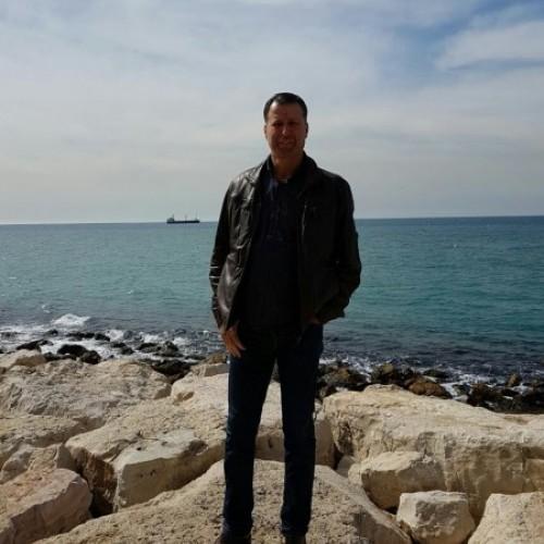 صورة Hussein, رجل