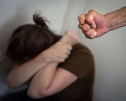 الأسباب الدافعة لحدوث العنف الأسري