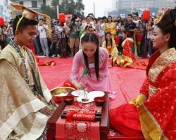 غرائب عادات الزواج داخل إندونيسيا.. عادات غريبة